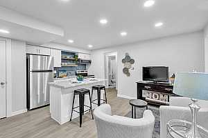 More Details about MLS # 6996483 : 1355 GAYLORD STREET 12