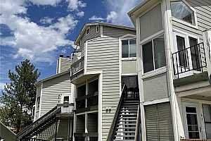 More Details about MLS # 7244413 : 5620 W 80TH PLACE 78