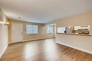 More Details about MLS # 2103568 : 7700 W GLASGOW PLACE 12B