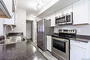More Details about MLS # 4828808 : 8100 W QUINCY AVENUE A3