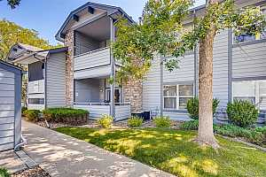 More Details about MLS # 4338178 : 8055 W EASTMAN PLACE 102