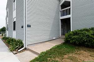 More Details about MLS # 6481323 : 3339 S MONACO PARKWAY B