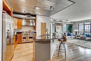 More Details about MLS # 9873068 : 1441 WAZEE STREET 404