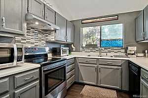 More Details about MLS # 8126971 : 220 WRIGHT STREET 302