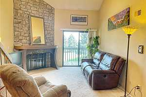 More Details about MLS # 7450621 : 3616 S DEPEW STREET 302