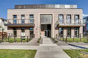 MLS # 3460445 : 275 GARFIELD UNIT 3001