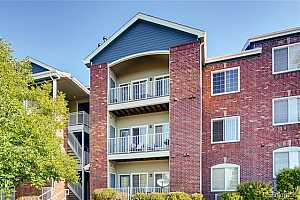 MLS # 3914795 : 2705 DANUBE UNIT 304
