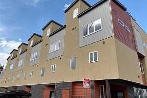 MLS # 5529309 : 4431 TENNYSON STREET #2