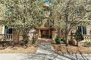 MLS # 6315759 : 150 MADISON UNIT 205