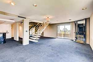 MLS # 7782375 : 800 PEARL UNIT 1004