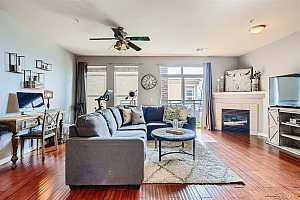 Browse active condo listings in LINCOLN SQUARE LOFTS