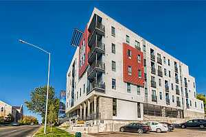 Browse active condo listings in UNIVERSITY PARK