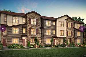 Browse active condo listings in LITTLETON