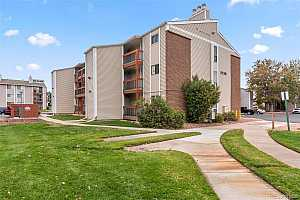 Browse active condo listings in PROSPECTORS POINT