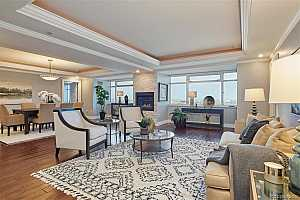 Browse active condo listings in RESIDENCE XXV