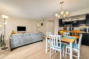 Browse active condo listings in APPLETREE EAST