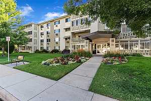Browse active condo listings in WINDSOR LAKE