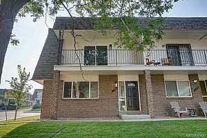 Browse active condo listings in LAKEWOOD
