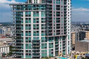 Browse active condo listings in ONE LINCOLN PARK