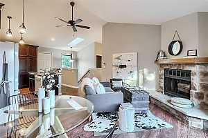 Browse active condo listings in CHAPARRAL