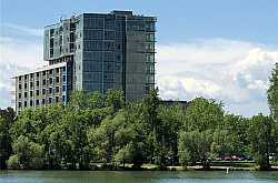 LAKEHOUSE 17 Condos For Sale