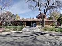 MLS # 2514691 : 1940-1942 DARLEE COURT